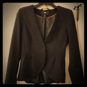 Fit and flare H and m black blazer